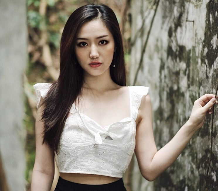 Dating An Asian Girl: Top Reasons For You To Consider It